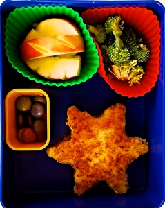 Snowflake Grilled cheese, broccoli, candy cane apple slices, and dye free candies